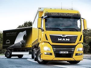 Formation spécialisée à la conduite de longs camions